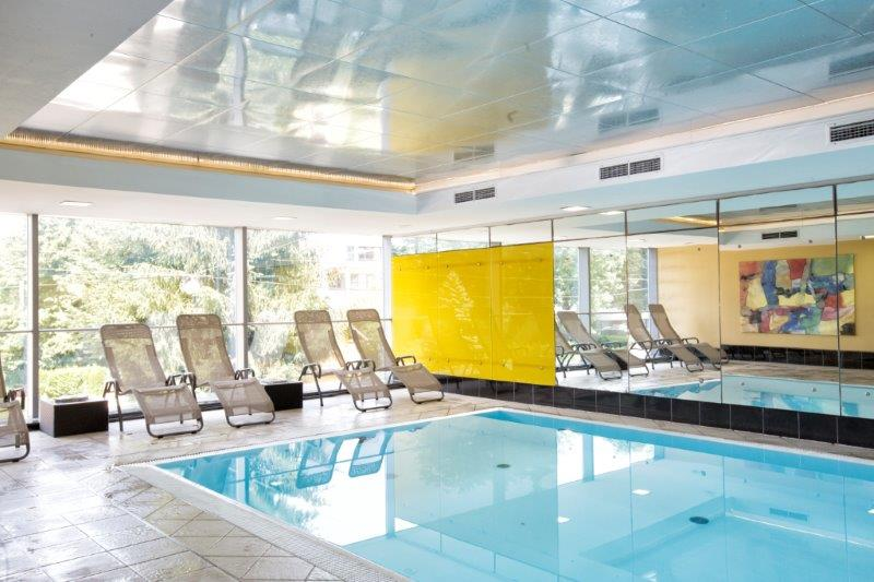 Indoor Pool Wyndham Grand Salzburg Conference Centre