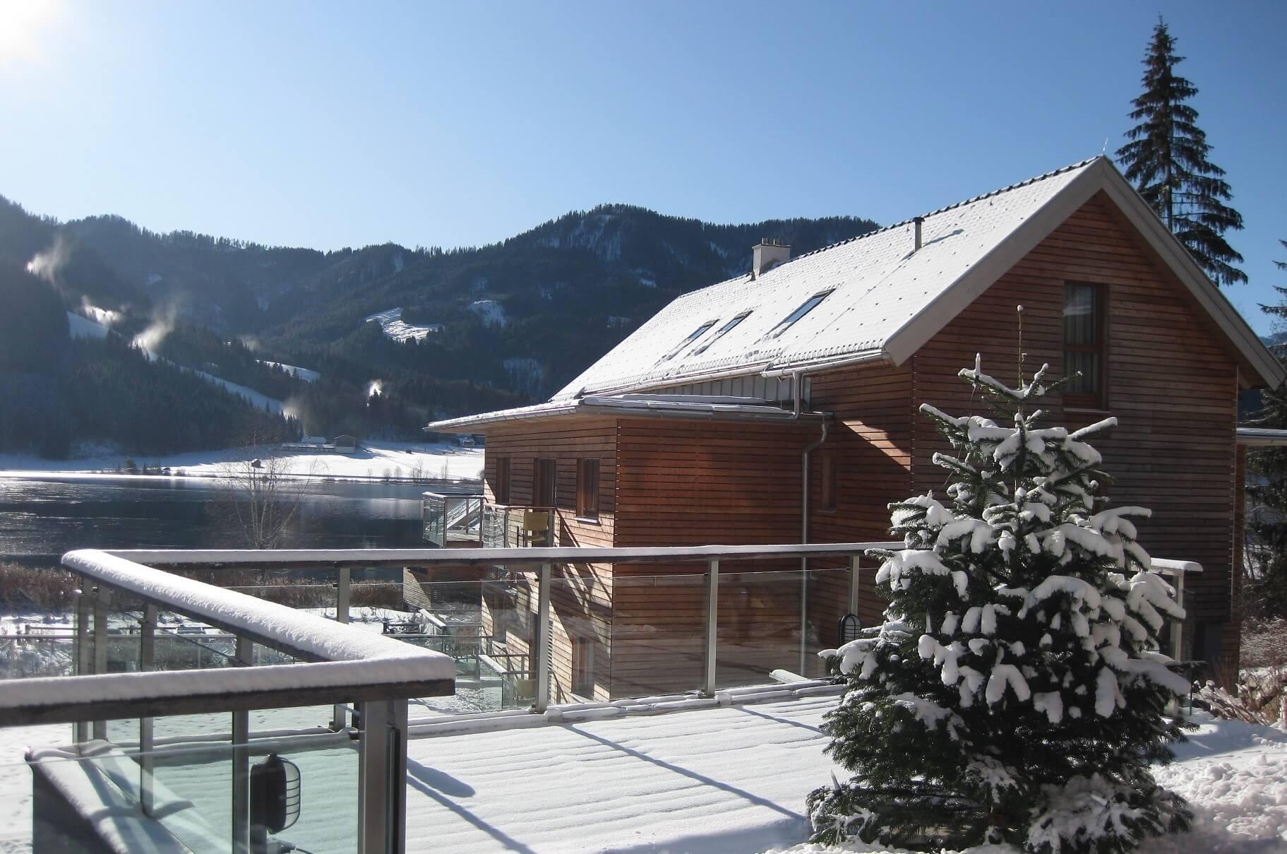 weissenseerhof-Winter-Aussen