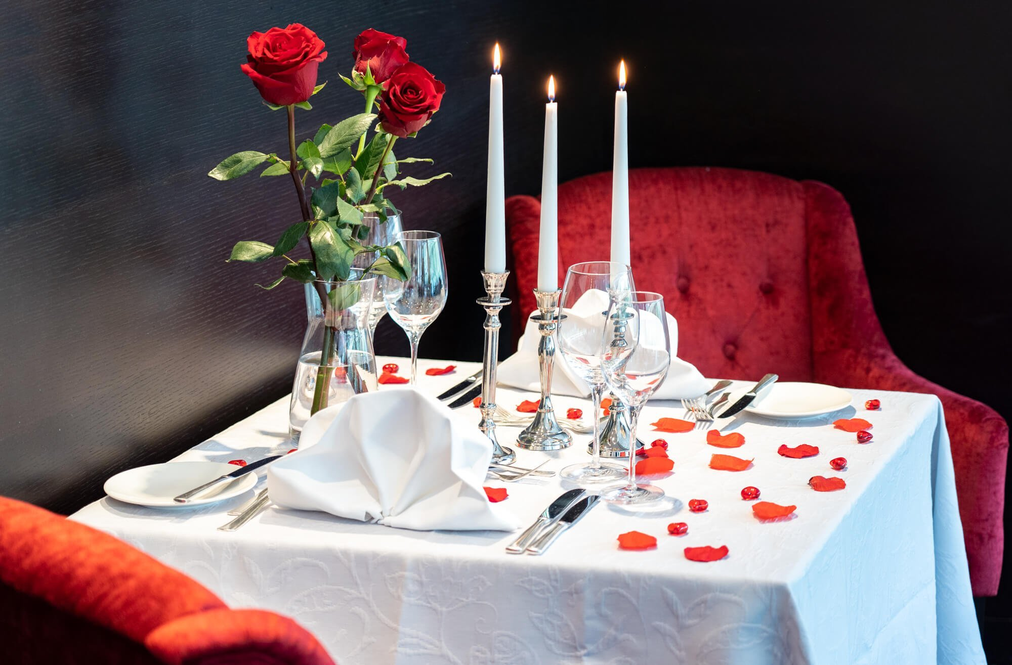 Love Table - Romantic Getaway - Vienna Mariott