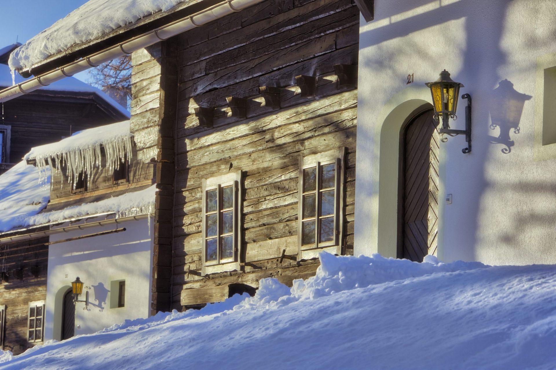 Naturel Dorf Schönleitn - Winteransicht Außen © Jörg Schmöe