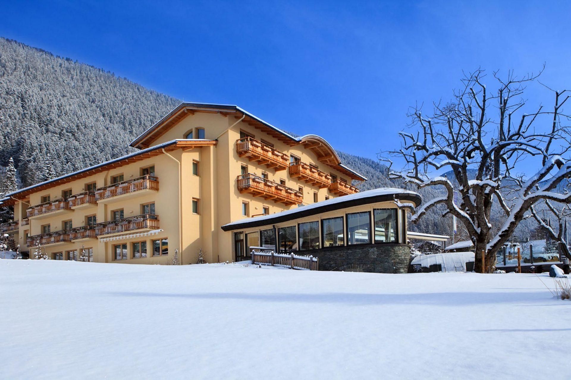 Strandhotel Weissensee Winter