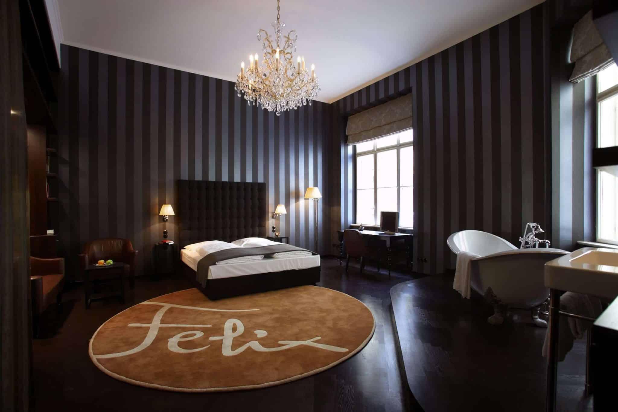Felix Suite_Matteo Thun_Bed and bath_landscape_Hotel Altstadt Vienna_Medium Resolution