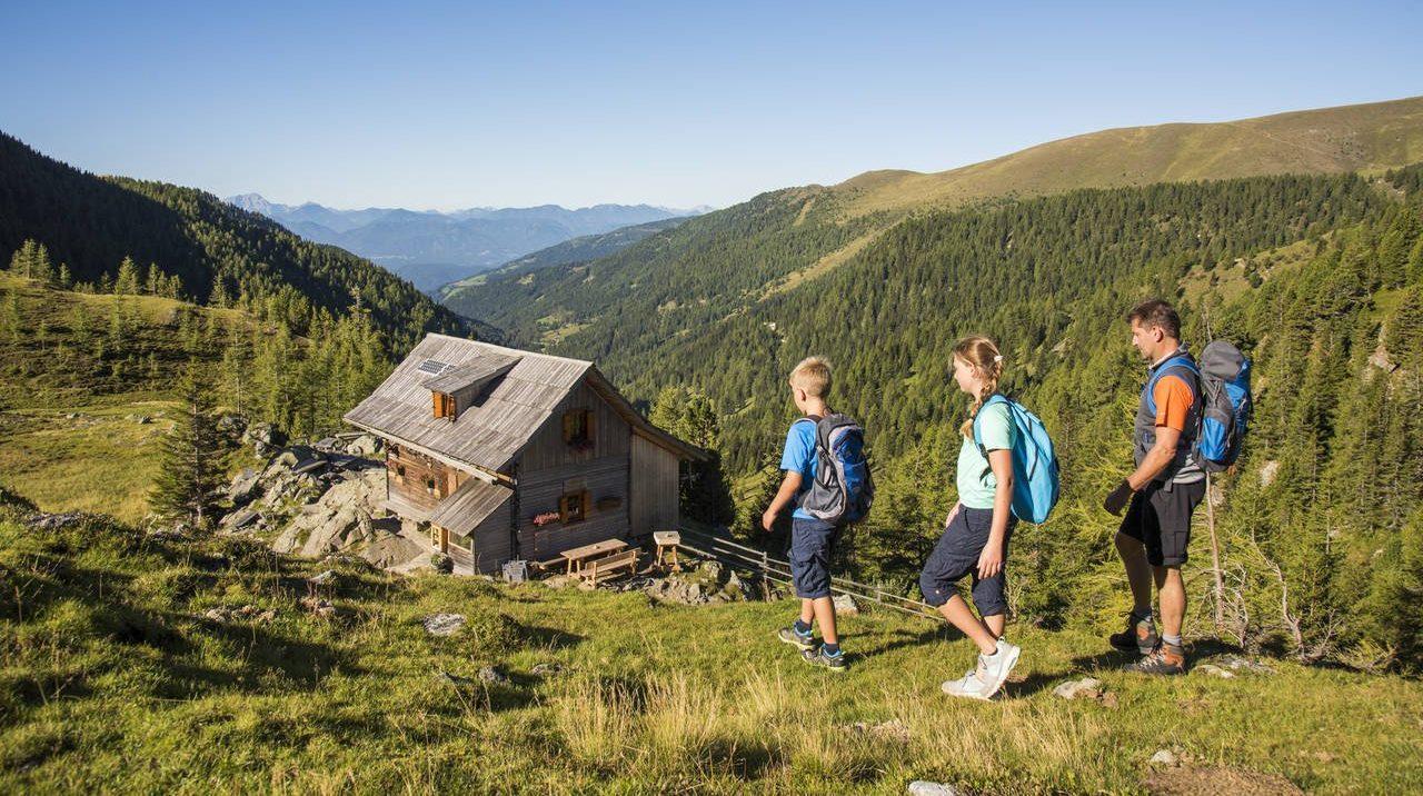 Wandern_ FRANZGERDL Natur-Aktiv im Trattlerhof Chalets