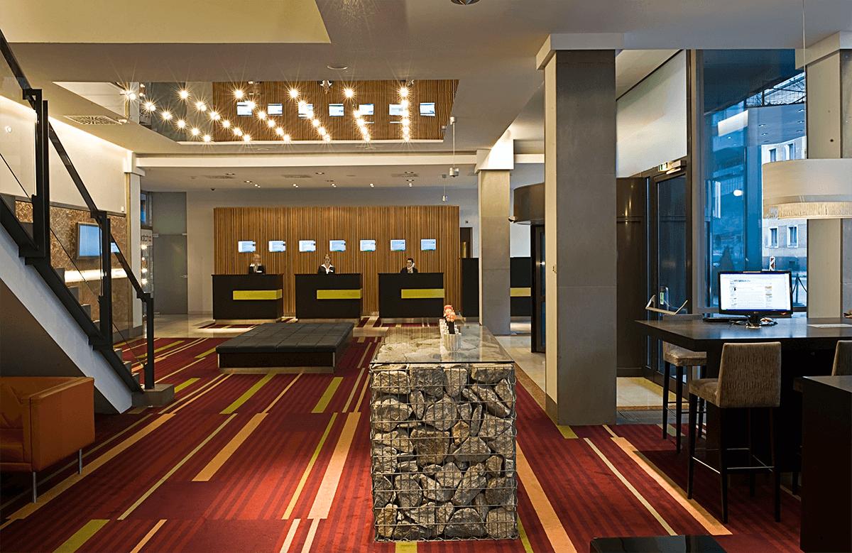 Wyndham Grand Salzburg SAL01-lobby1.high res-klein (1)
